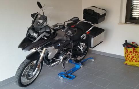 Motor Touring